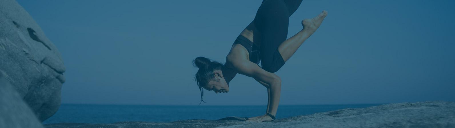 yoga position femme détente bien-être