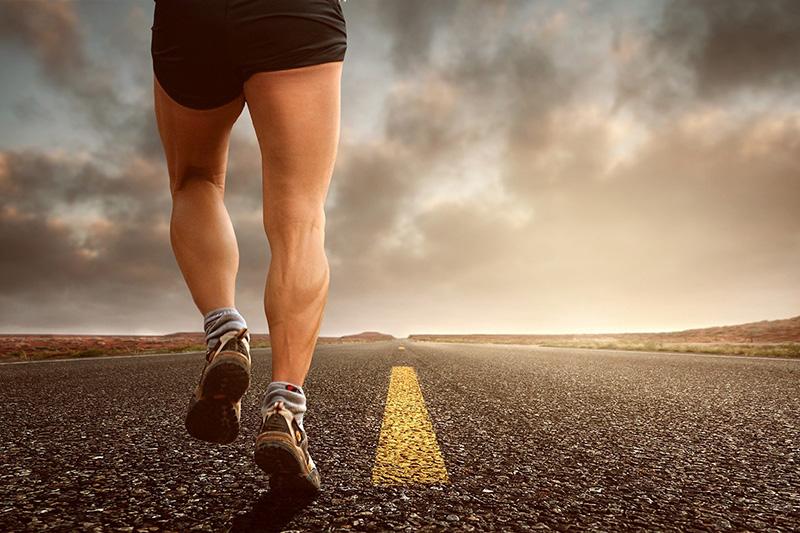 courir jambe légère jambes hommes