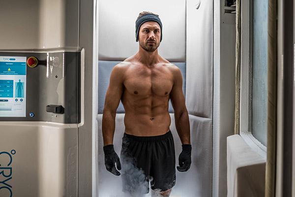 cryothérapie bordeaux mérignac cryothérapie corps entier cryo arctic homme froid douleurs bien-être récupération sportive