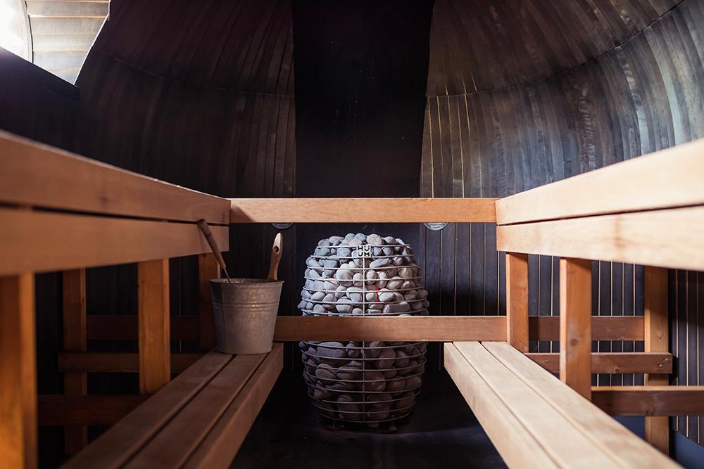 sauna traditionnel à vapeur finlandais